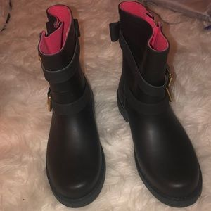 Brand new Kate Spade ankle rain boots. Never worn.